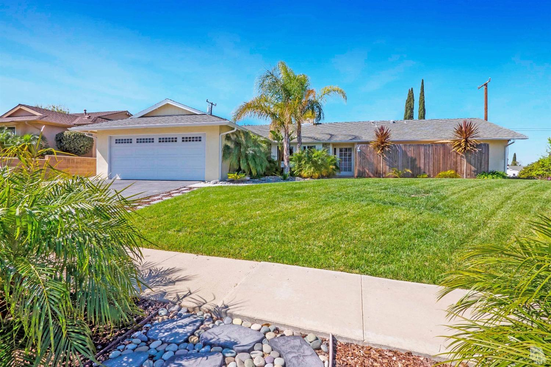 8 E Avenida De Las Flores, Thousand Oaks, CA  91360-3103