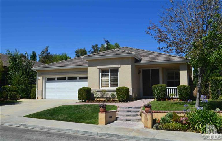 931 Red Pine Dr Simi Valley, CA 93065-7233